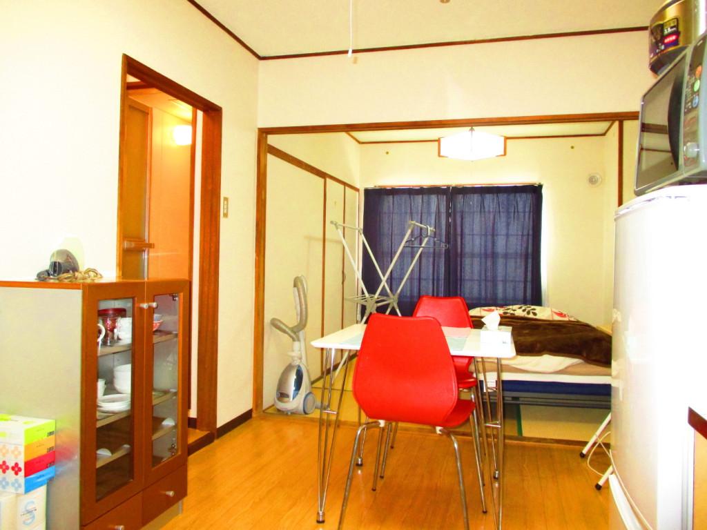 白石駅(函館本線)のウィークリーマンション・マンスリーマンション「ウェル北郷 お部屋の清掃・除菌には次亜塩素酸水とアルコールを使用しています。 1R」メイン画像