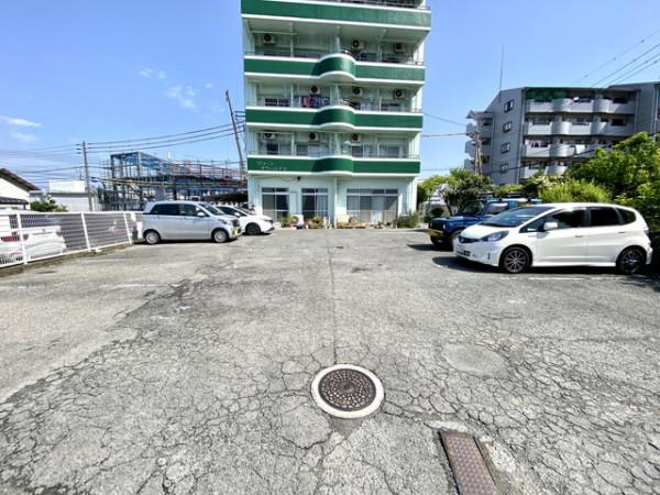 駐車場完備しております。ご希望の方はお知らせください。