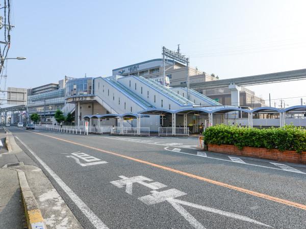 阪急電車、大阪モノレールが併設されている最寄り駅