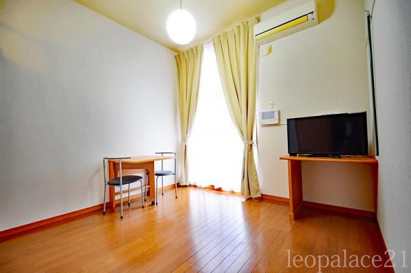 東京都西東京市のウィークリーマンション・マンスリーマンション「レオパレスサンフローラⅡ 203(No.380614)」メイン画像