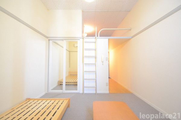 茨城県石岡市のウィークリーマンション・マンスリーマンション「レオパレスルミエール 203(No.383170)」メイン画像