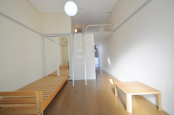 大阪府大阪市平野区のウィークリーマンション・マンスリーマンション「レオパレスETERNAL 302(No.384410)」メイン画像