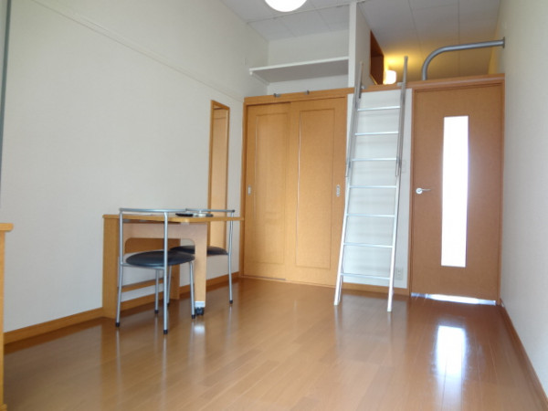愛知県名古屋市東区のウィークリーマンション・マンスリーマンション「レオパレスグランドール 205(No.400870)」メイン画像