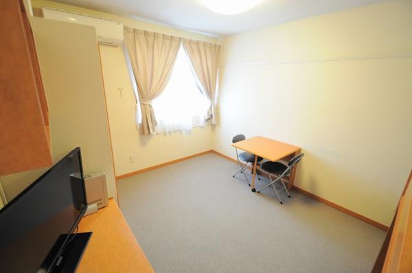 神奈川県逗子市のウィークリーマンション・マンスリーマンション「レオパレスピエールB 202(No.406294)」メイン画像