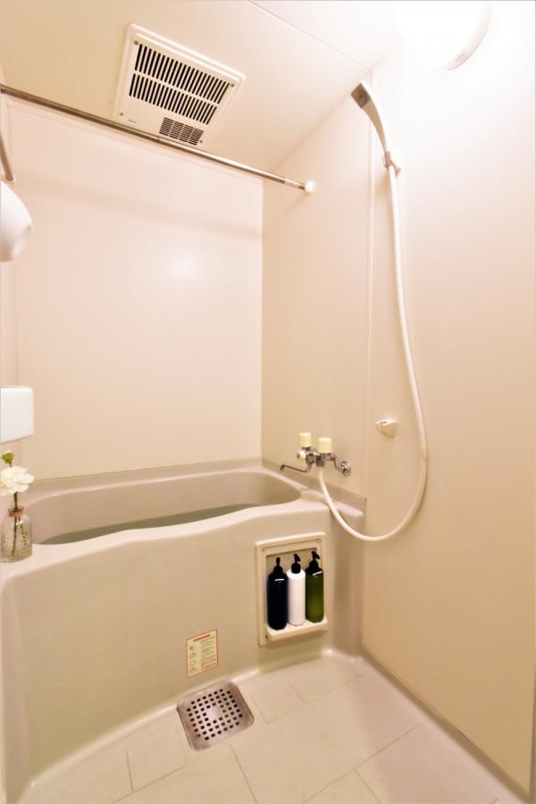 バストイレ別でお風呂洗剤などもあり!