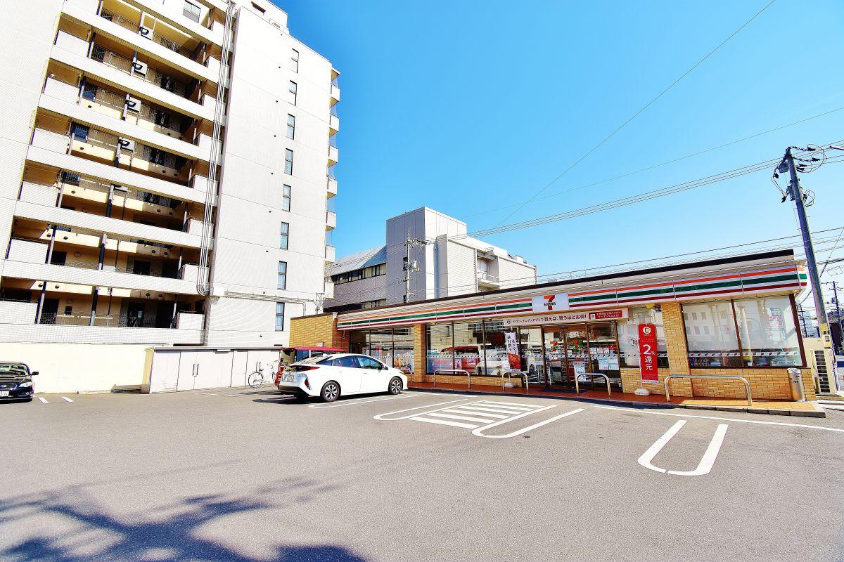 セブンイレブン倉敷老松3丁目店まで徒歩2分、130m。倉敷駅前ウィークリーマンションです。