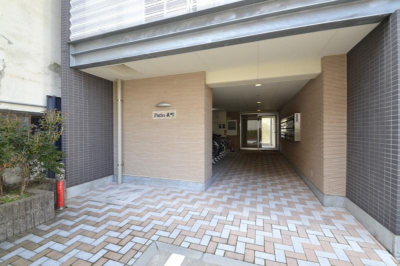 Kマンスリー岡山表町【岡山駅前】のエントランス。