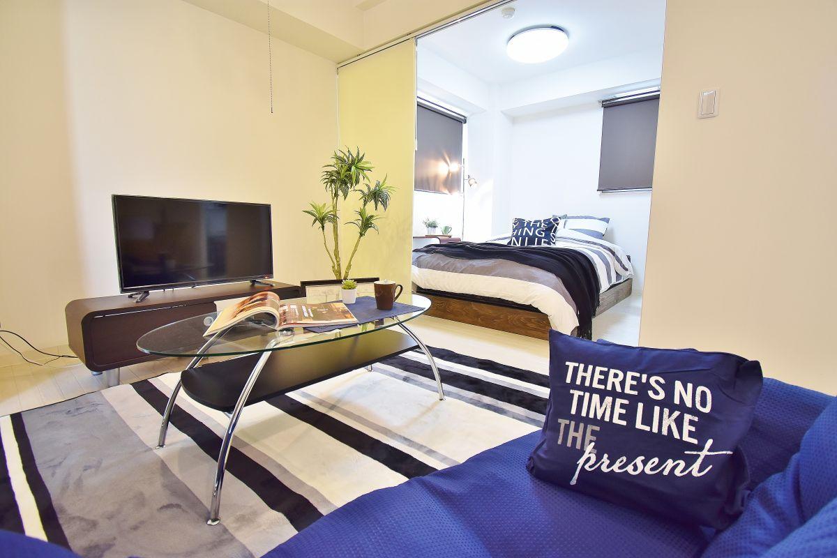 室内は、高級感あるお部屋となっており、岡山市初の高級ウィークリーマンション・マンスリーマンションです。料金も非常にリーズナブルとなっており、人気の物件となっているので、お早めにご予約下さい。