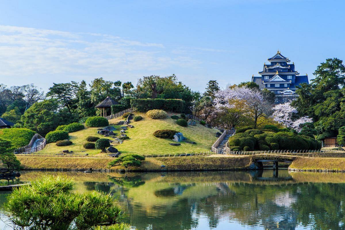 岡山後楽園まで徒歩24分、1.8km。