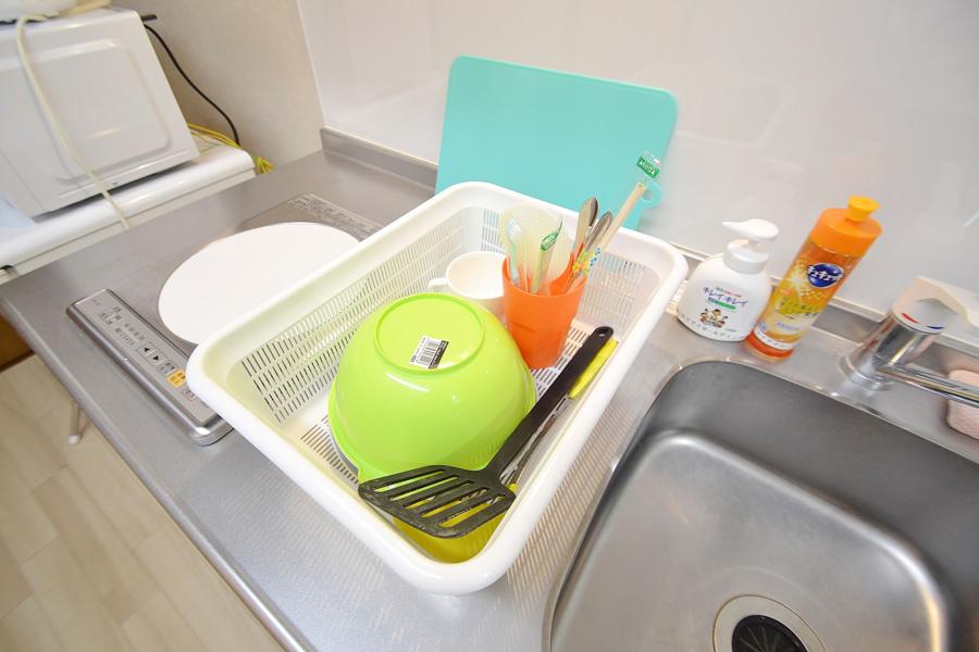 家具家電・調理器具までご用意しております♪お鍋・包丁・まな板・フォークやお皿まで完備、節約の為にもお体の為にも自炊をしては❣