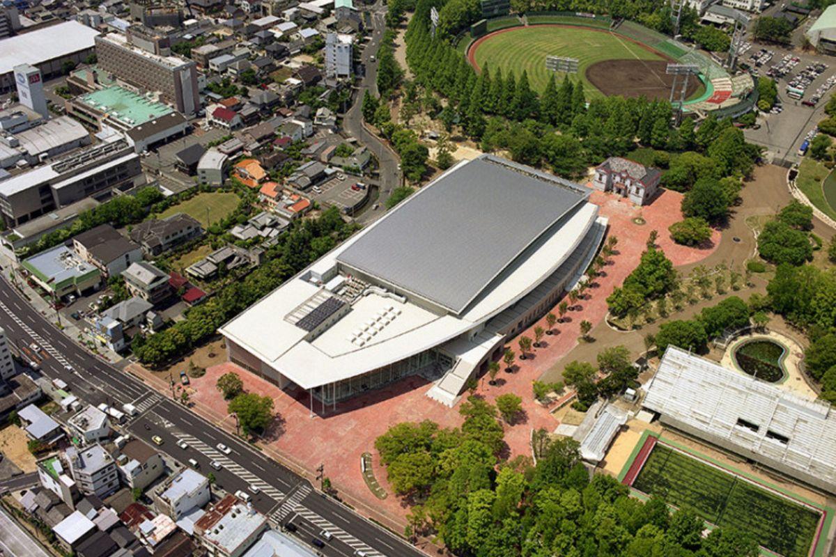 岡山県総合グラウンドまで車で4分、1.5km。部活の大会、岡山マラソンの際に活躍する人気岡山ウィークリーマンション。