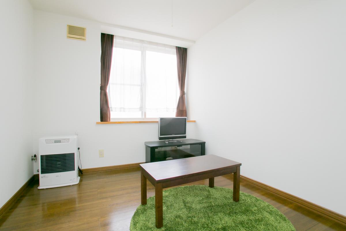 北海道のウィークリーマンション・マンスリーマンション「CARLSBAD 1K」メイン画像