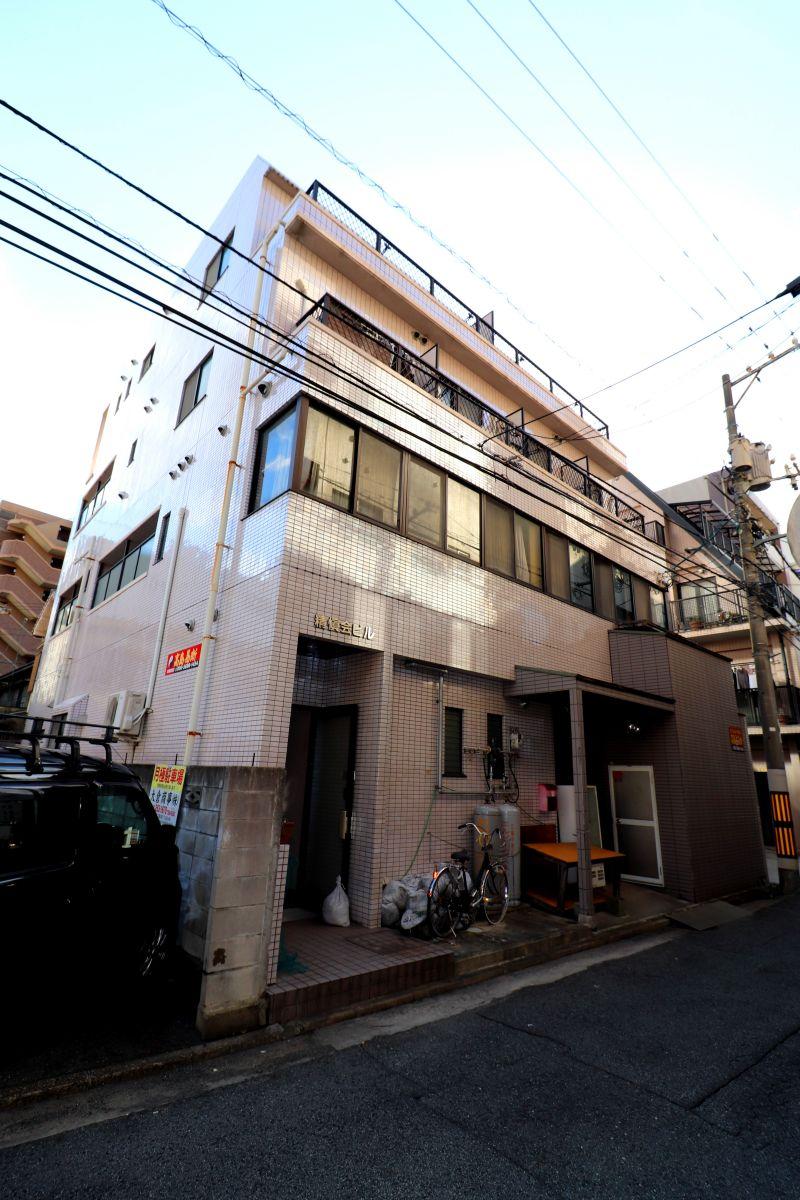 郵便ポストあり♪広島駅近くの物件なので交通の便も非常によく、周辺には飲食店やコンビニなど生活する際に助かるお店も多数あります!